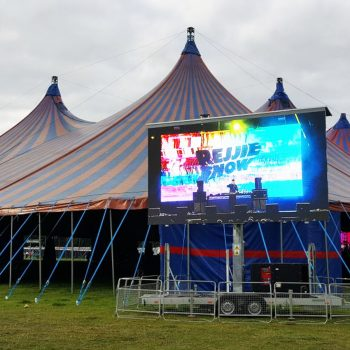 festival concerts big screen hire 1
