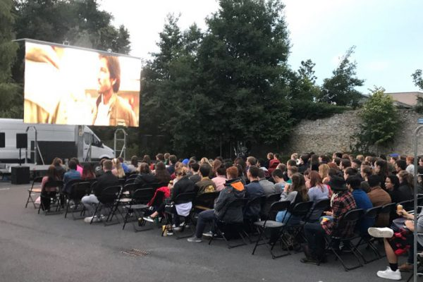 outdoor cinema big screen hire